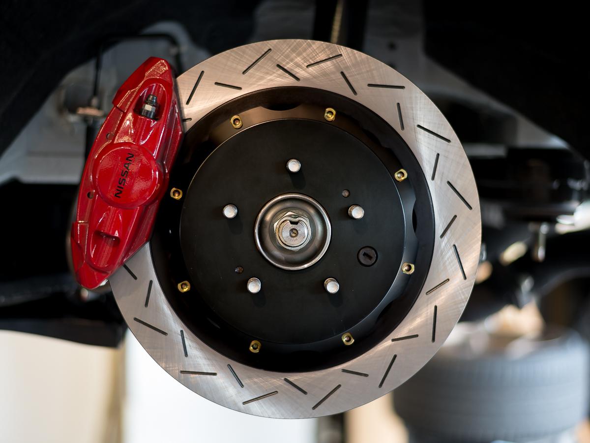 Z1 2 Piece Akebono Rear Rotors, Z1 Motorsports